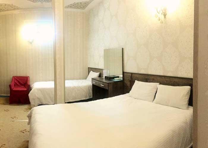 اتاق سه تخته هتل سنتی اصفهان
