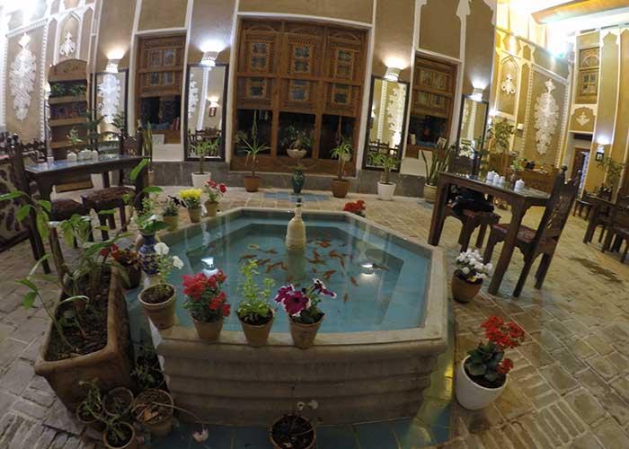 کافی شاپ هتل سنتی اصفهان