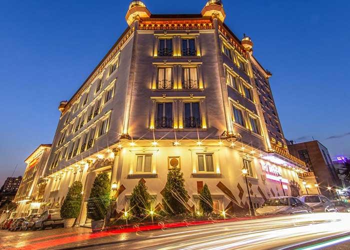 ساختمان هتل آپارتمان تاج محل