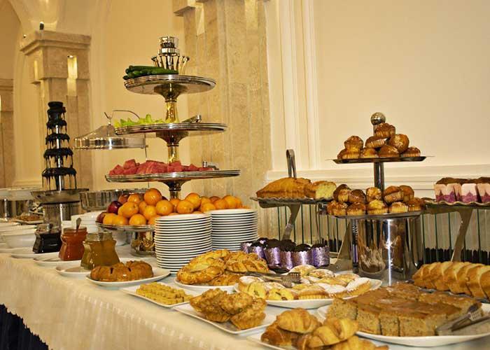 میز صبحانه هتل تارا مشهد