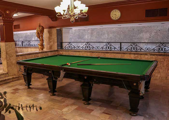 میز بیلیاد هتل تارا مشهد