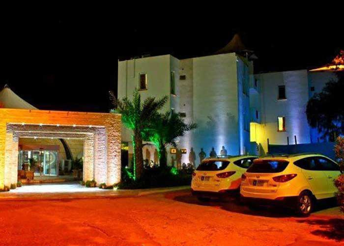 ورودی هتل تعطیلات کیش