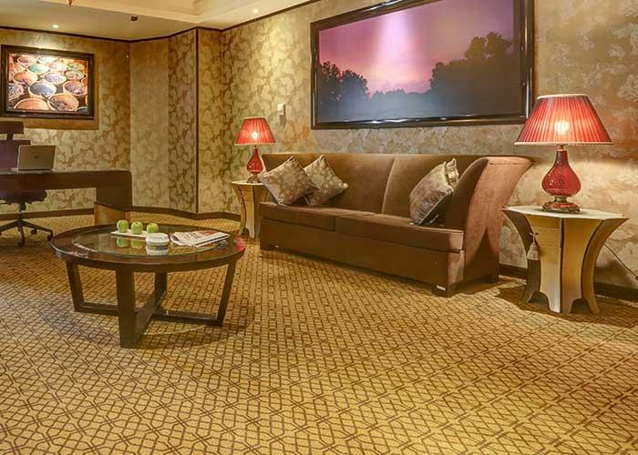 فضای سوئیت های هتل بزرگ تهران