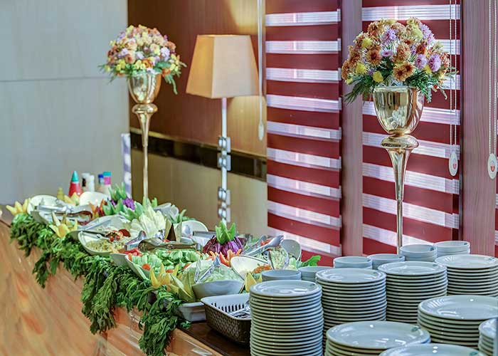 بوفه رستوران هتل بزرگ تهران