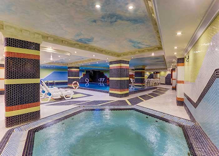 استخر هتل بزرگ تهران