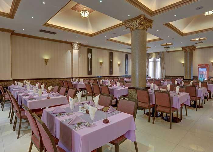 رستوران هتل بزرگ تهران دو