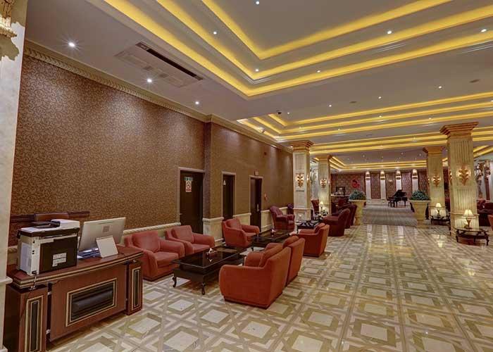 عکس لابی هتل بزرگ تهران دو