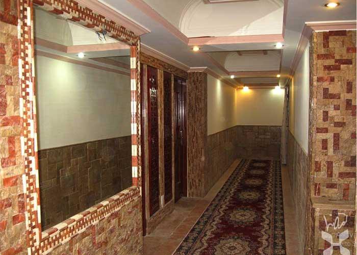 راهرو هتل تهرانی یزد
