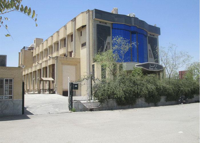 ساختمان هتل تهرانی یزد