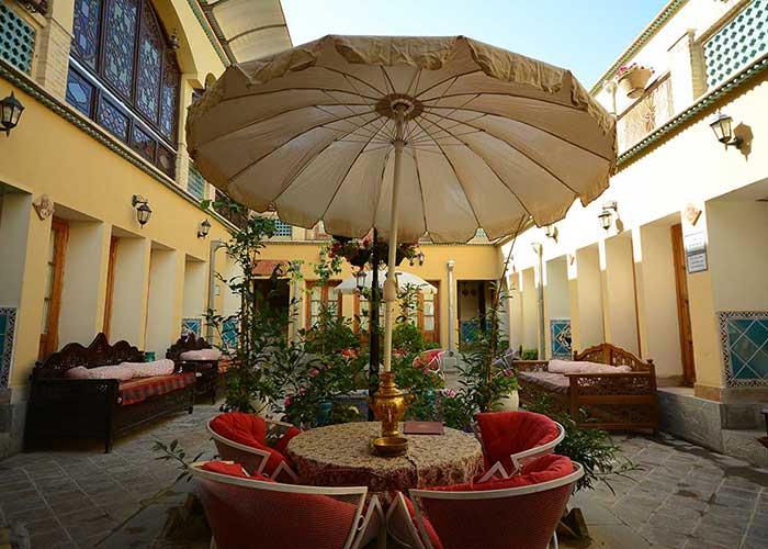 کافی شاپ هتل طلوع خورشید