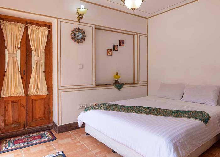 دو تخته هتل طلوع خورشید
