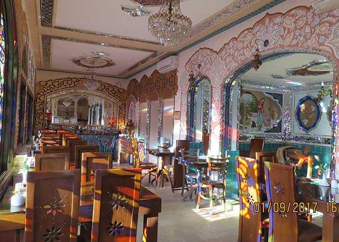 رستوران هتل طلوع خورشید