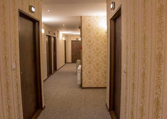 راهرو هتل ورنوس تهران