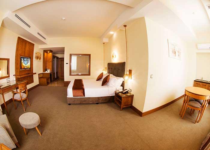 سوئیت رویال هتل ویدا کیش