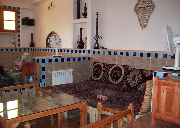 سفرخانه سنتی هتل وینا