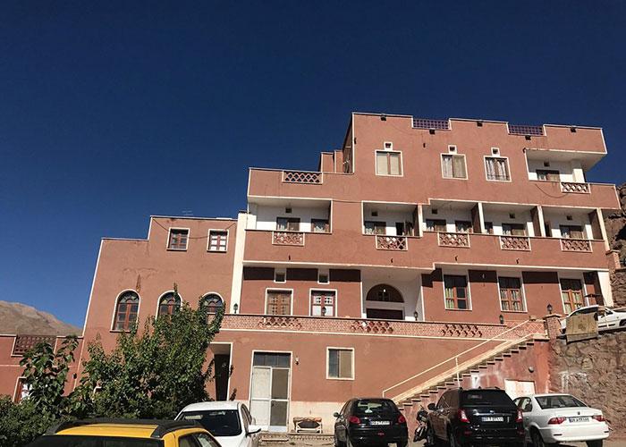 عکس ساختمان هتل ویونا ابیانه