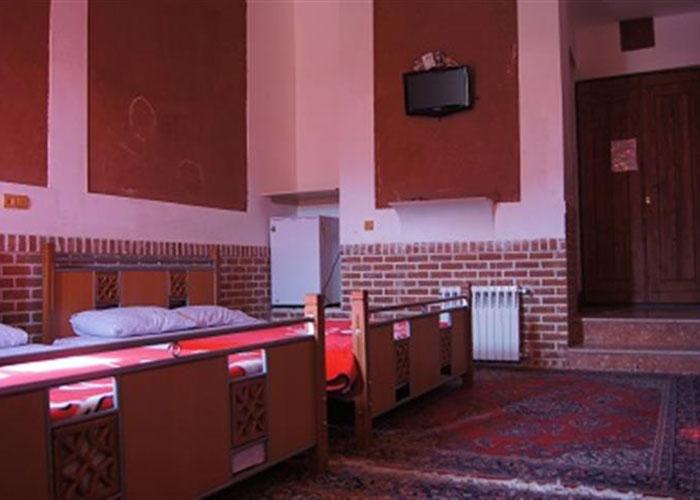 اتاق چهار تخته هتل ویونا ابیانه