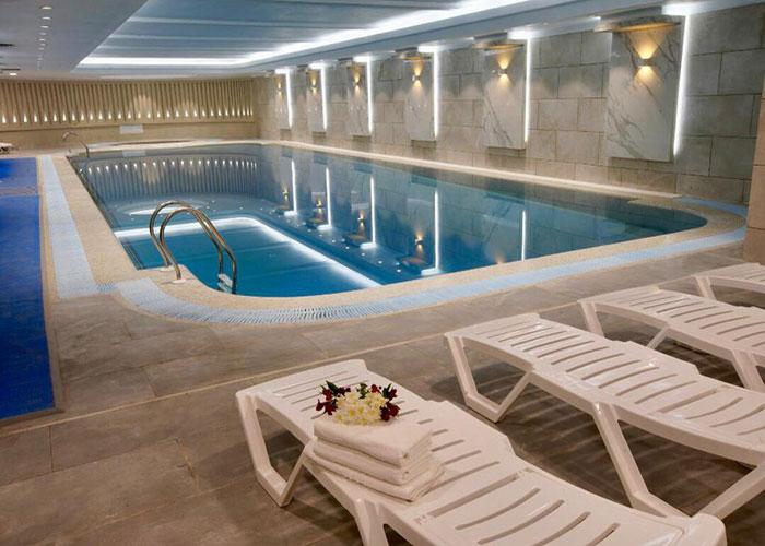 استخر هتل ویستریا تهران