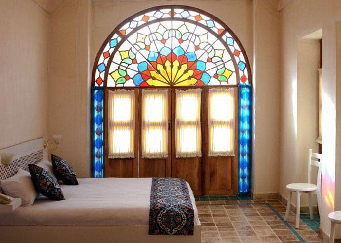 اتاق دبل اقامتگاه یاسمین راهب کاشان