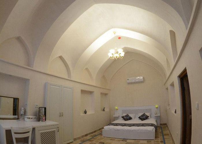 اتاق دبل اقامتگاه یاسمین راهب