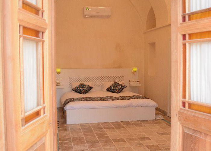 اتاق دبل یاسمین راهب
