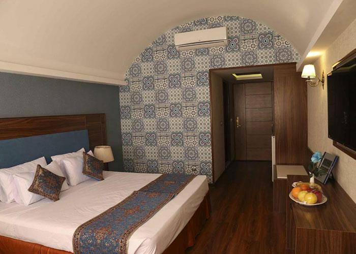 اتاق دو تخته هتل پارسیان یزد