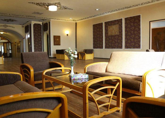 لابی هتل پارسیان یزد