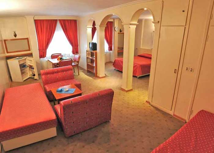 هتل زریوار مریوان