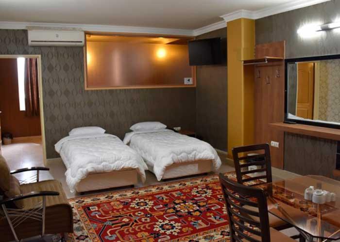 دو تخته توئین هتل زنده رود