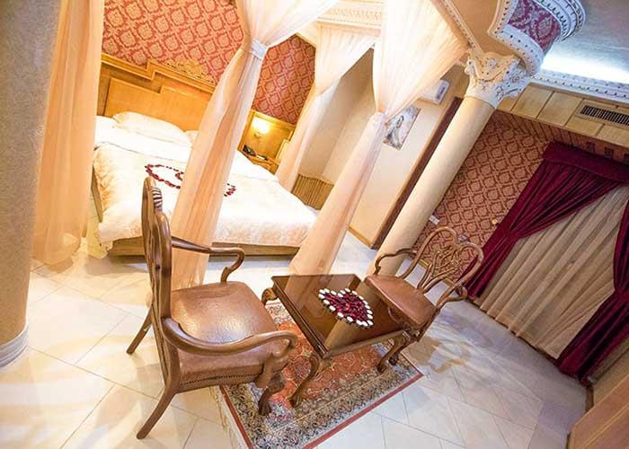 اتاق ماه عسل هتل زهره اصفهان