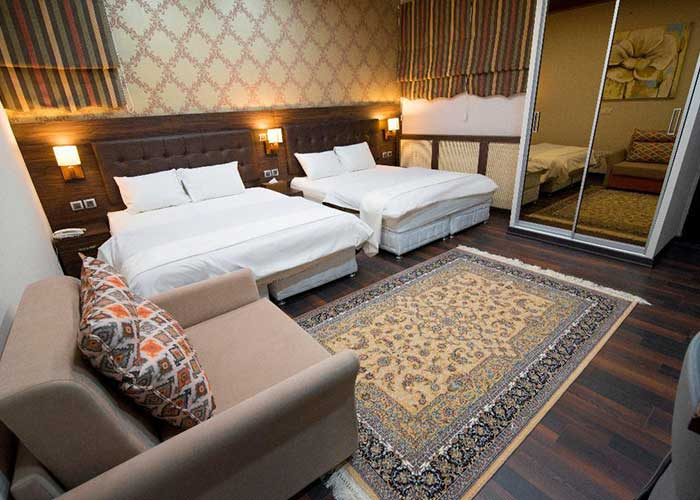 اتاق چهار تخته هتل ارگ محتشم