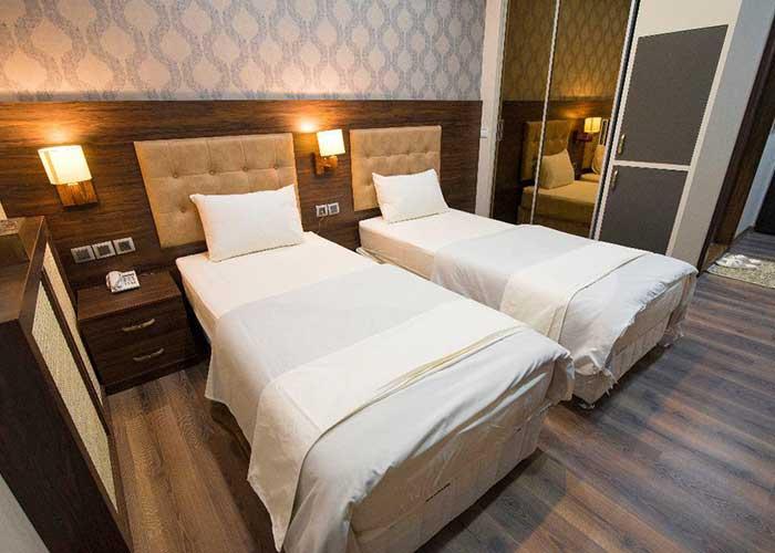 اتاق توئین هتل ارگ محتشم قمصر