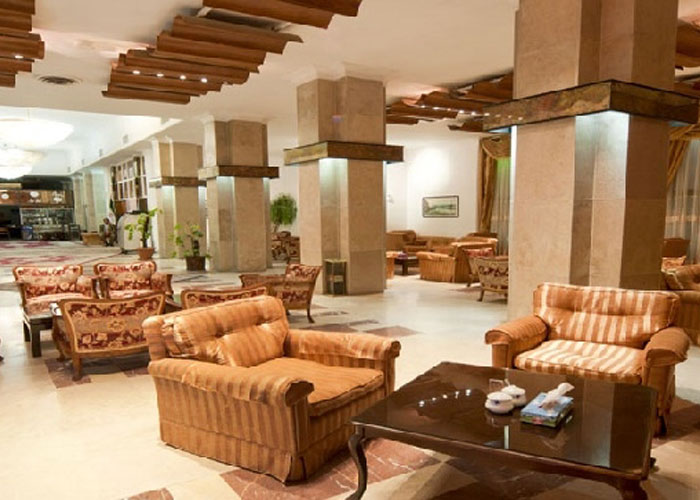 هتل بزرگ استقلال زاهدان