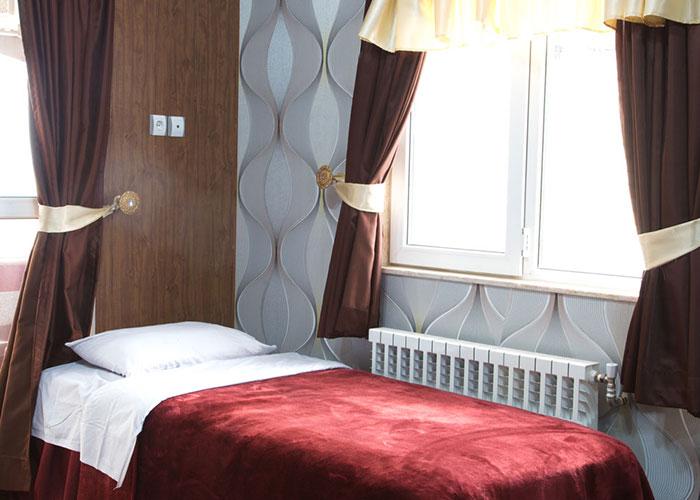 هتل آپارتمان دنیز بندرانزلی