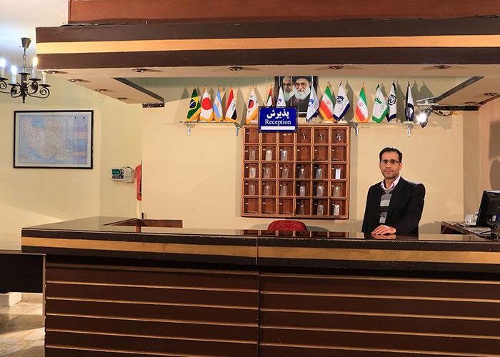 مهمانسرای جهانگردی غار علیصدر همدان