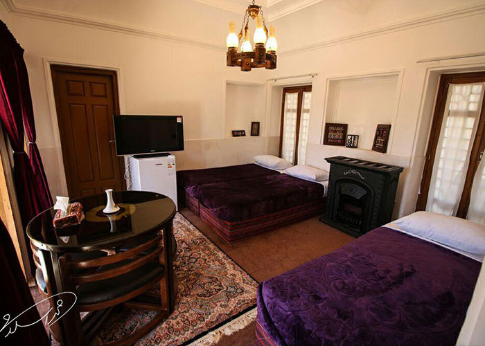هتل سنتی ایوان ماهان کرمان
