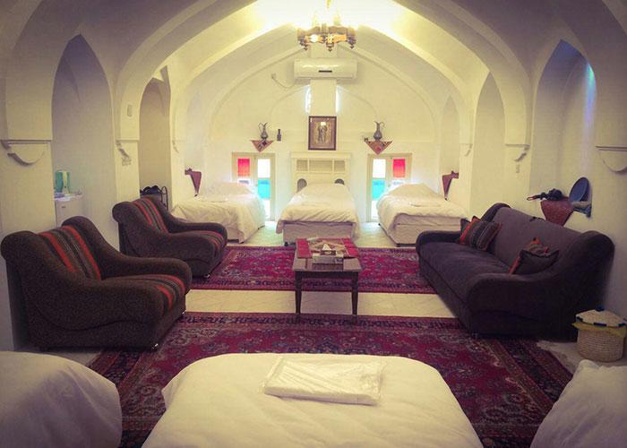 هتل سنتی طبیب شوشتر