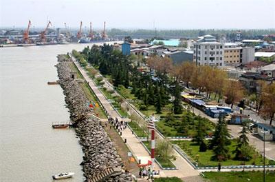دریا و ساحل شهر بندر انزلی